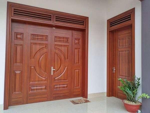 Cửa gỗ 4 lá phong cách Á Đông đậm chất truyền thống