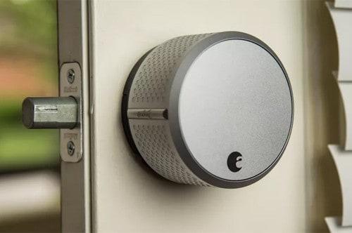 dấu hiệu khóa cửa thông minh cần thay thế